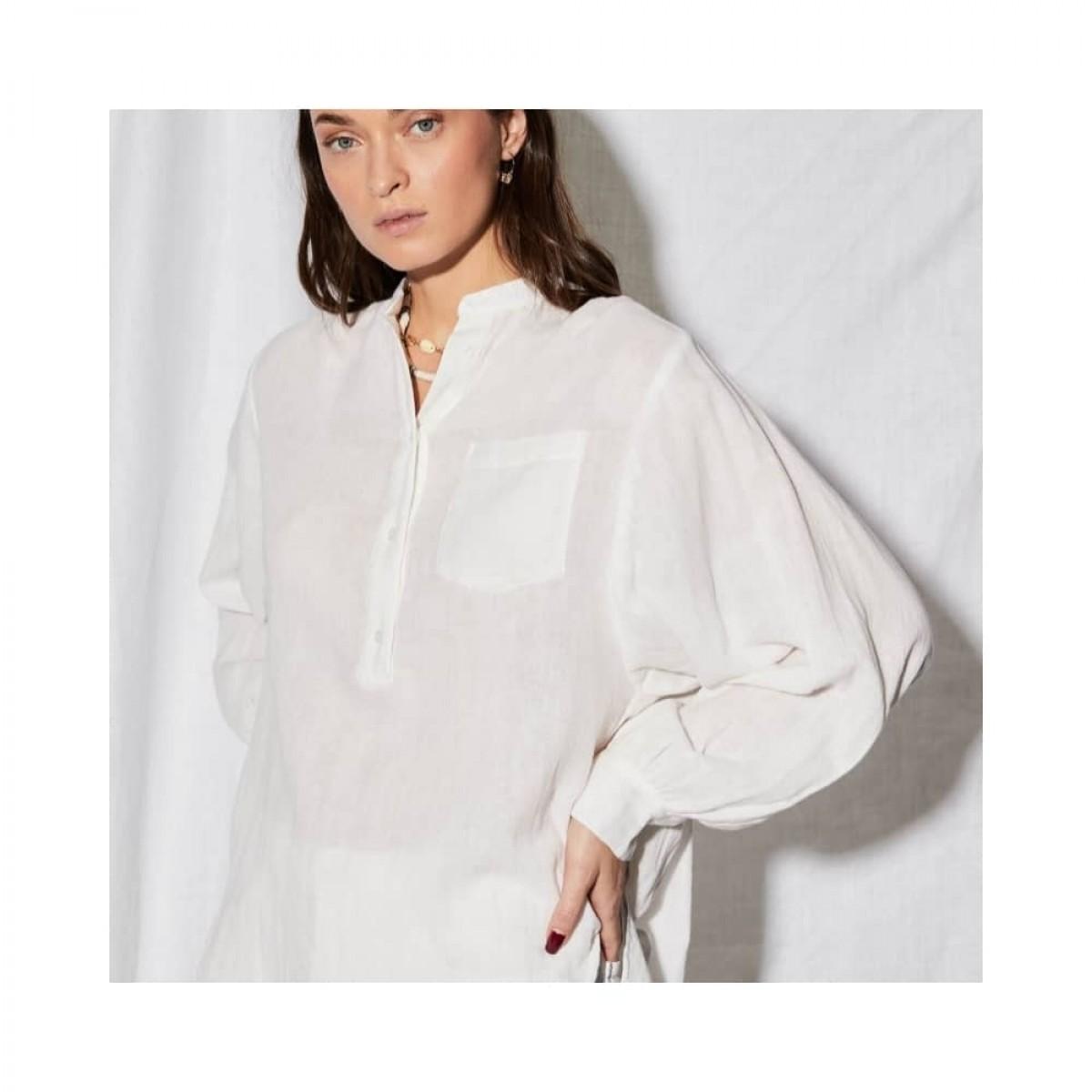 litonya skjorte - white - model ærme detalje