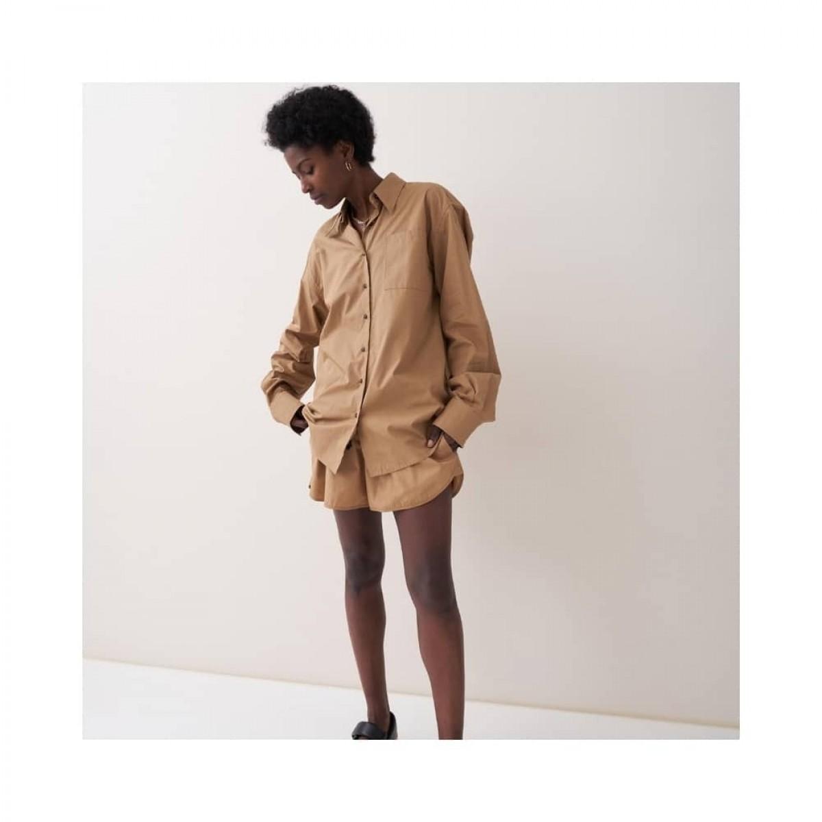 jett shorts - khaki - model front