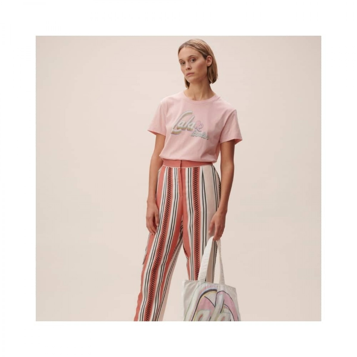 cara t-shirt - pink - model front