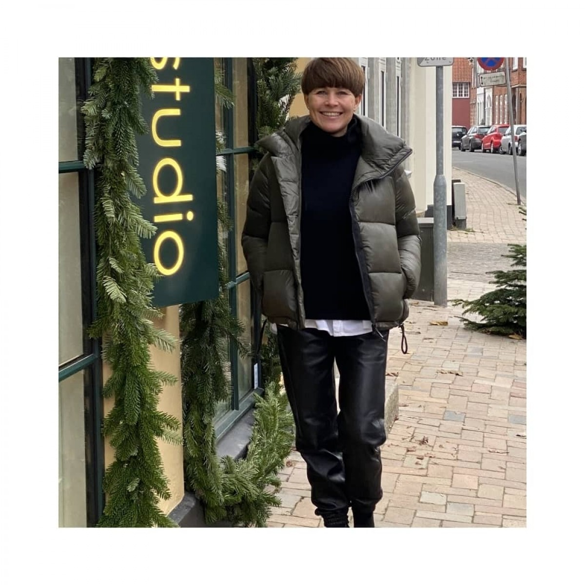 olivia skind bukser - black - image billede