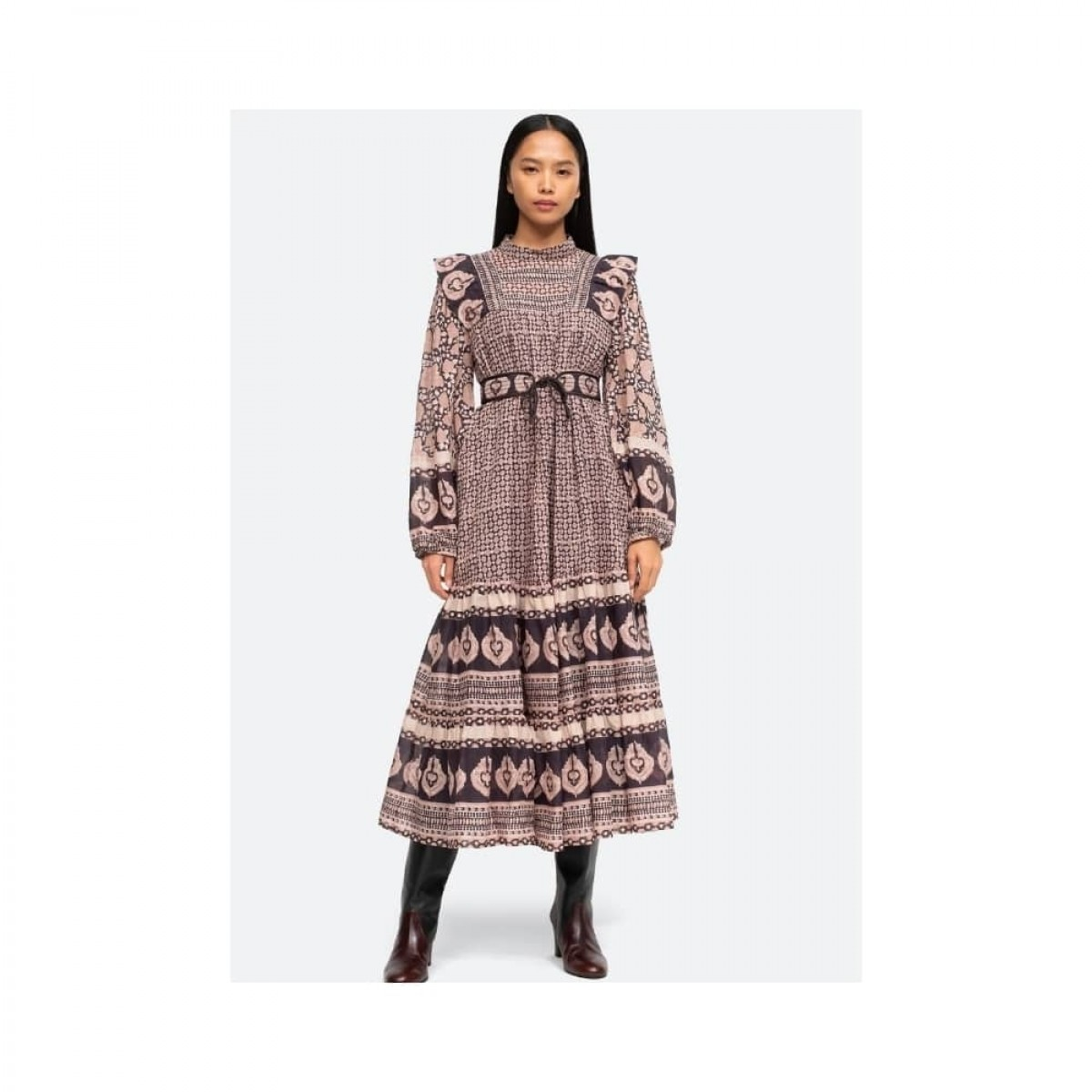 margo border dress - lilac - model front