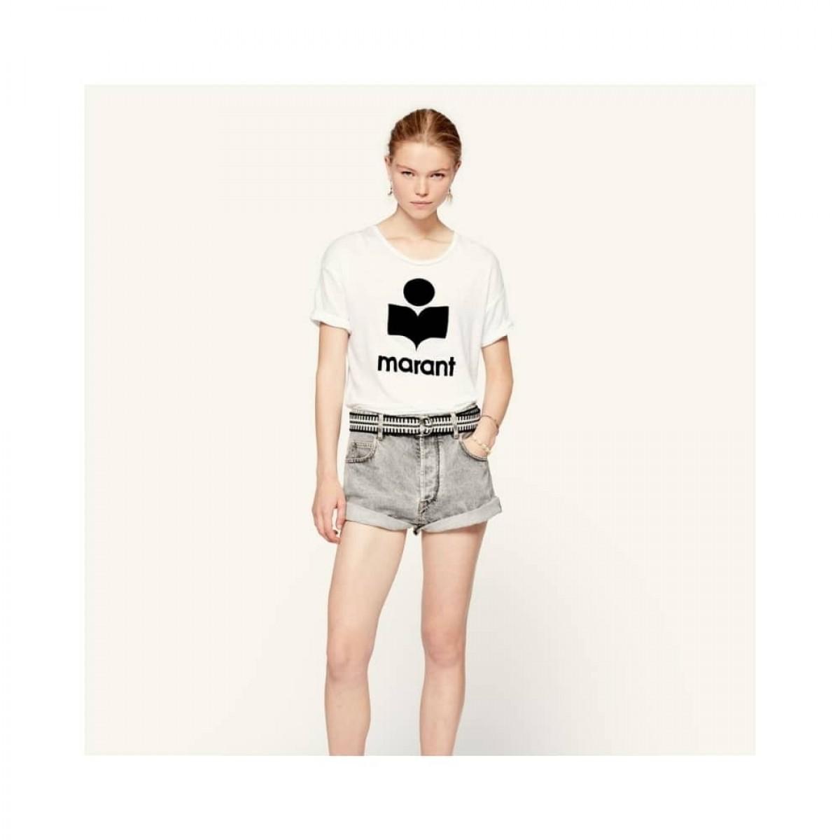 koldi t-shirt - white - model hel figur