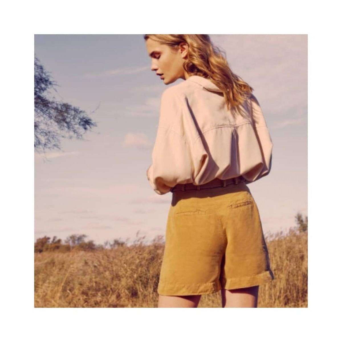 saby shorts - bronze mist - model bag