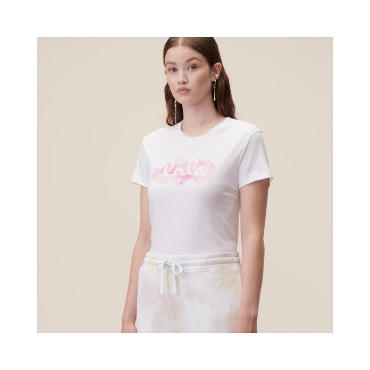 cara aquarelle pink t-shirt - model front