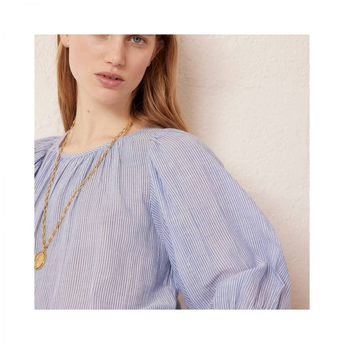 reinilda kjole - blue - model ærme detalje