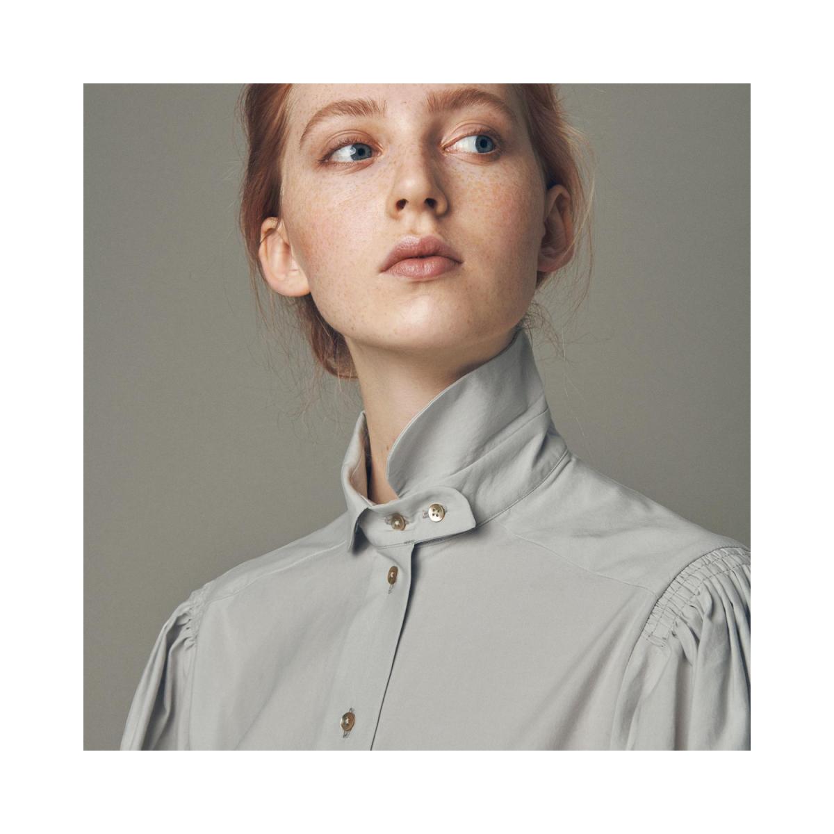 basia skjorte - grey - model billede