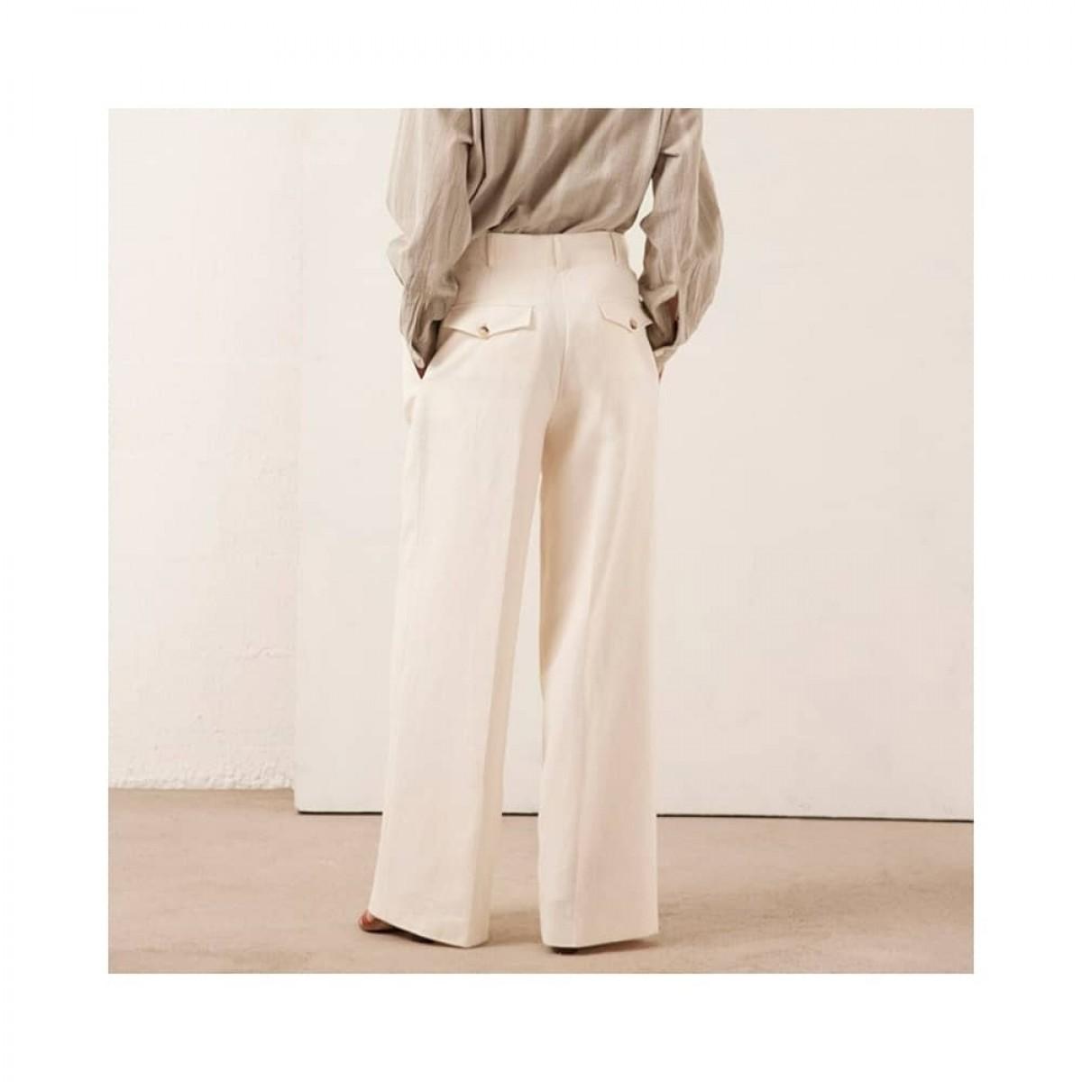 rodolf bukser - creme - model bag til