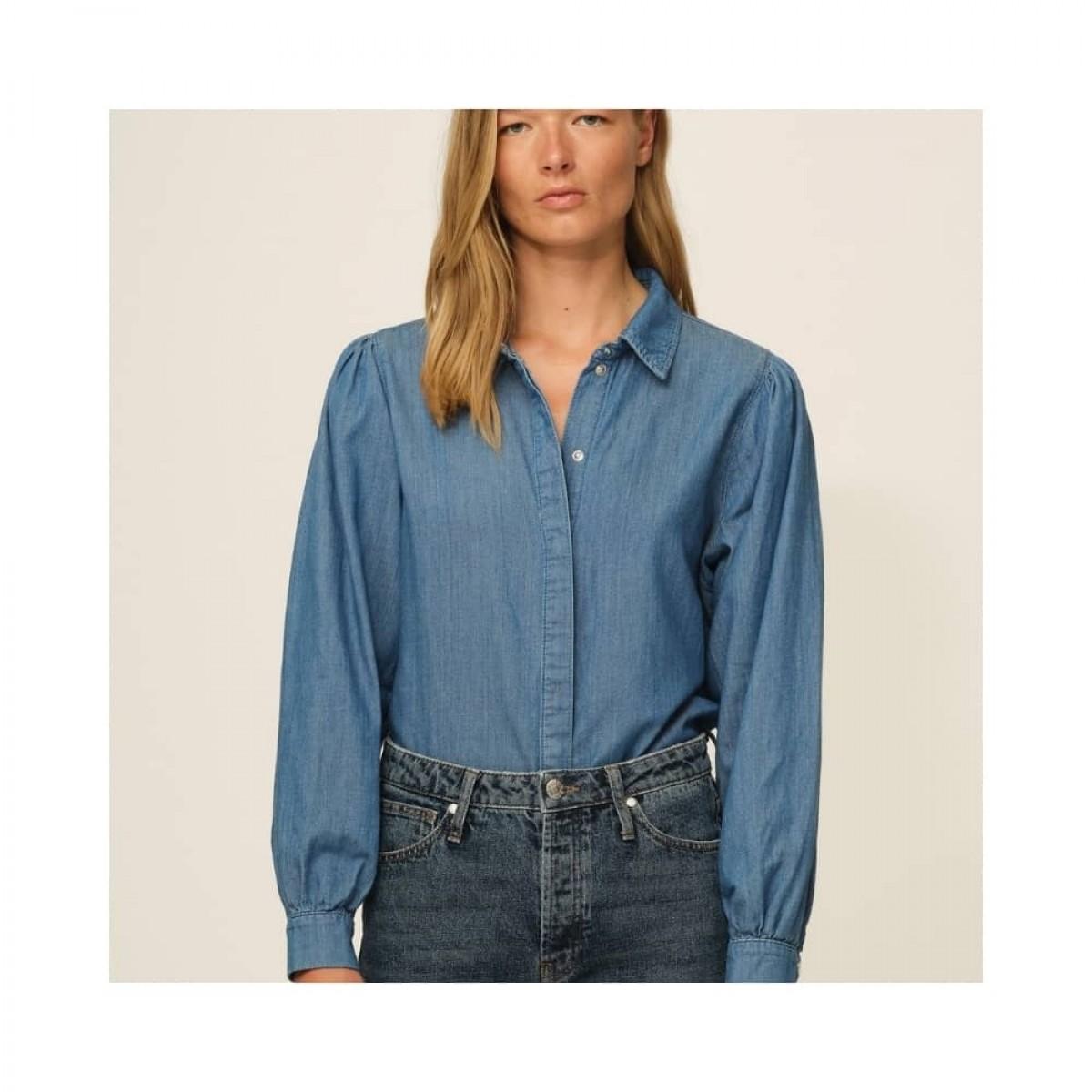 hepburn 70's skjorte - denim blue - model front