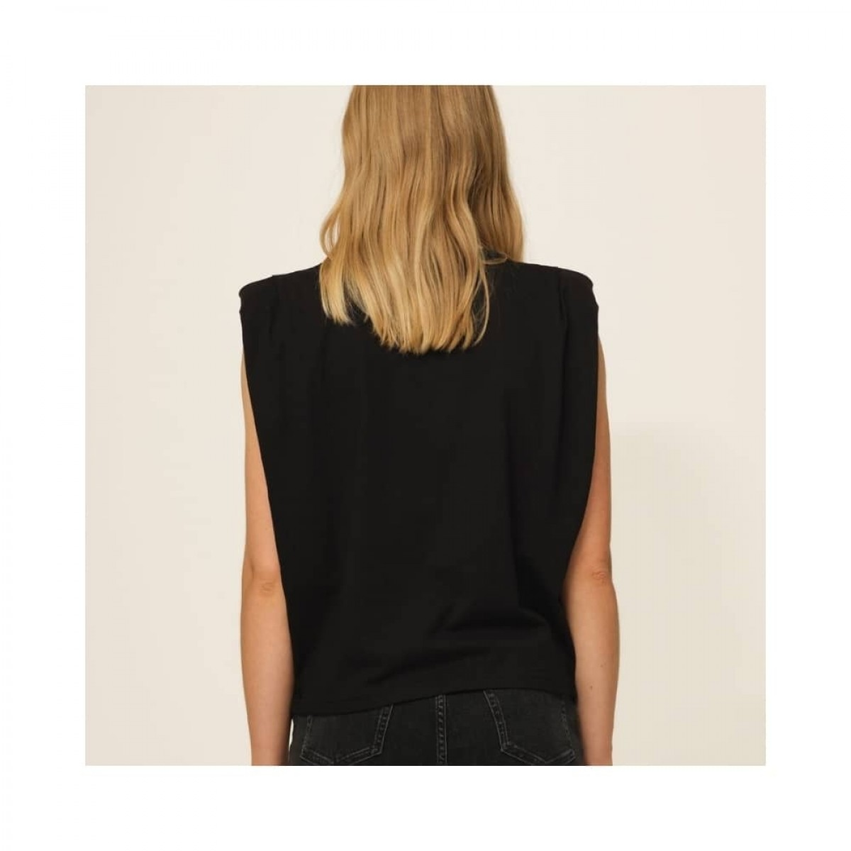 casual shoulder tee - black - model ryggen