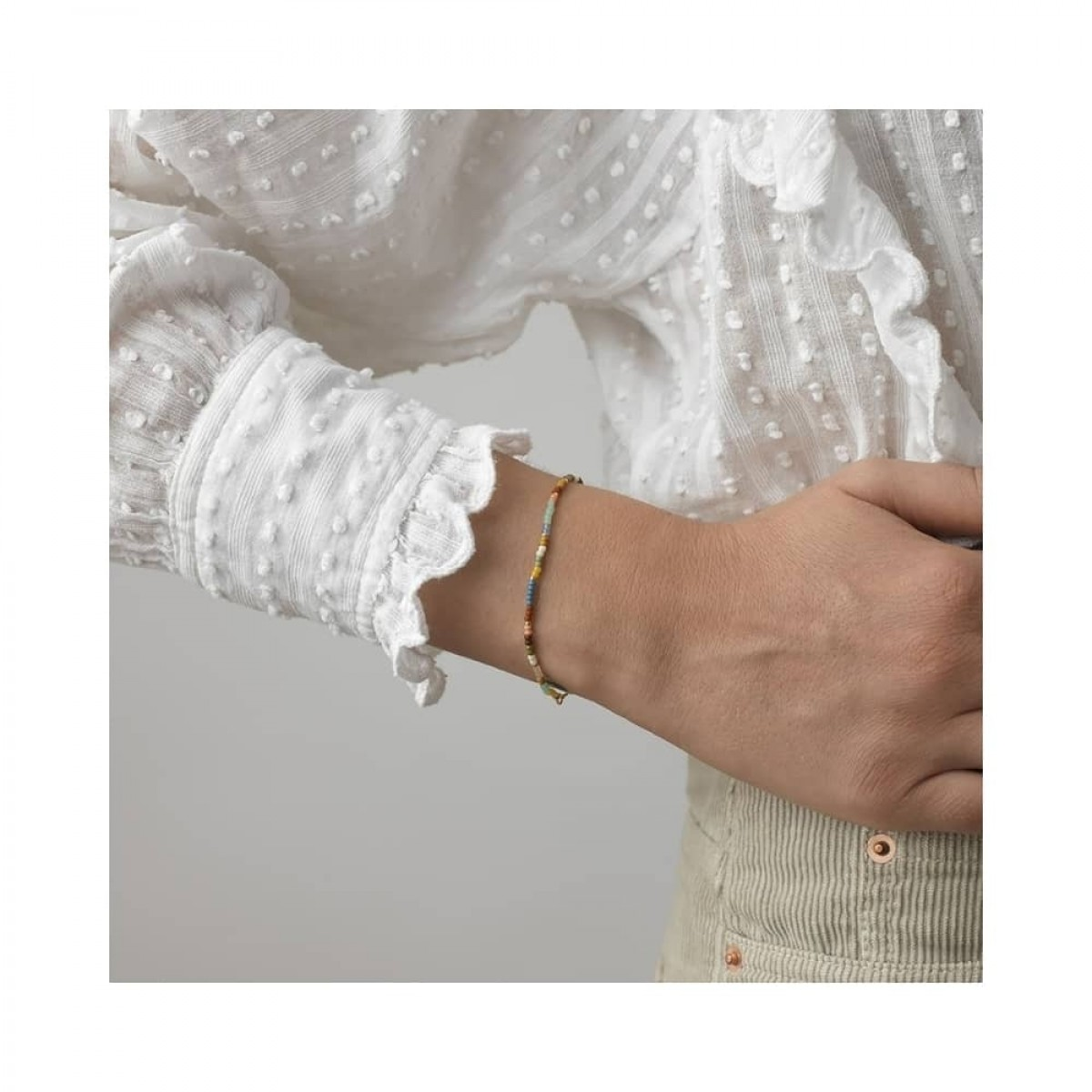 anni lu dusty eldorado bracelet - gold - model enkelt