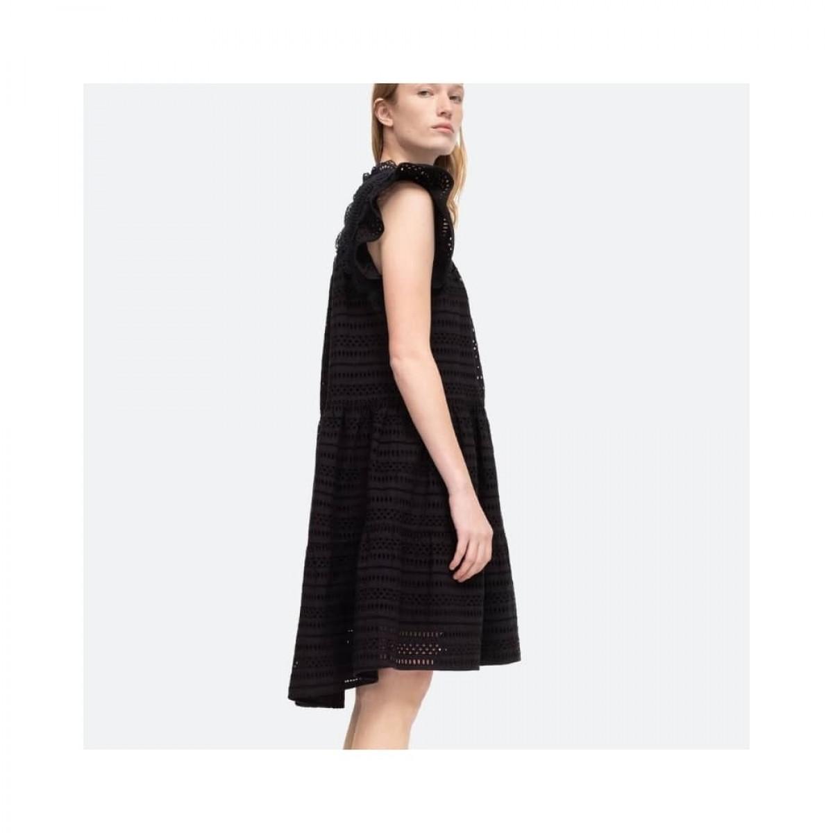 lina tunis kjole - black - model fra siden