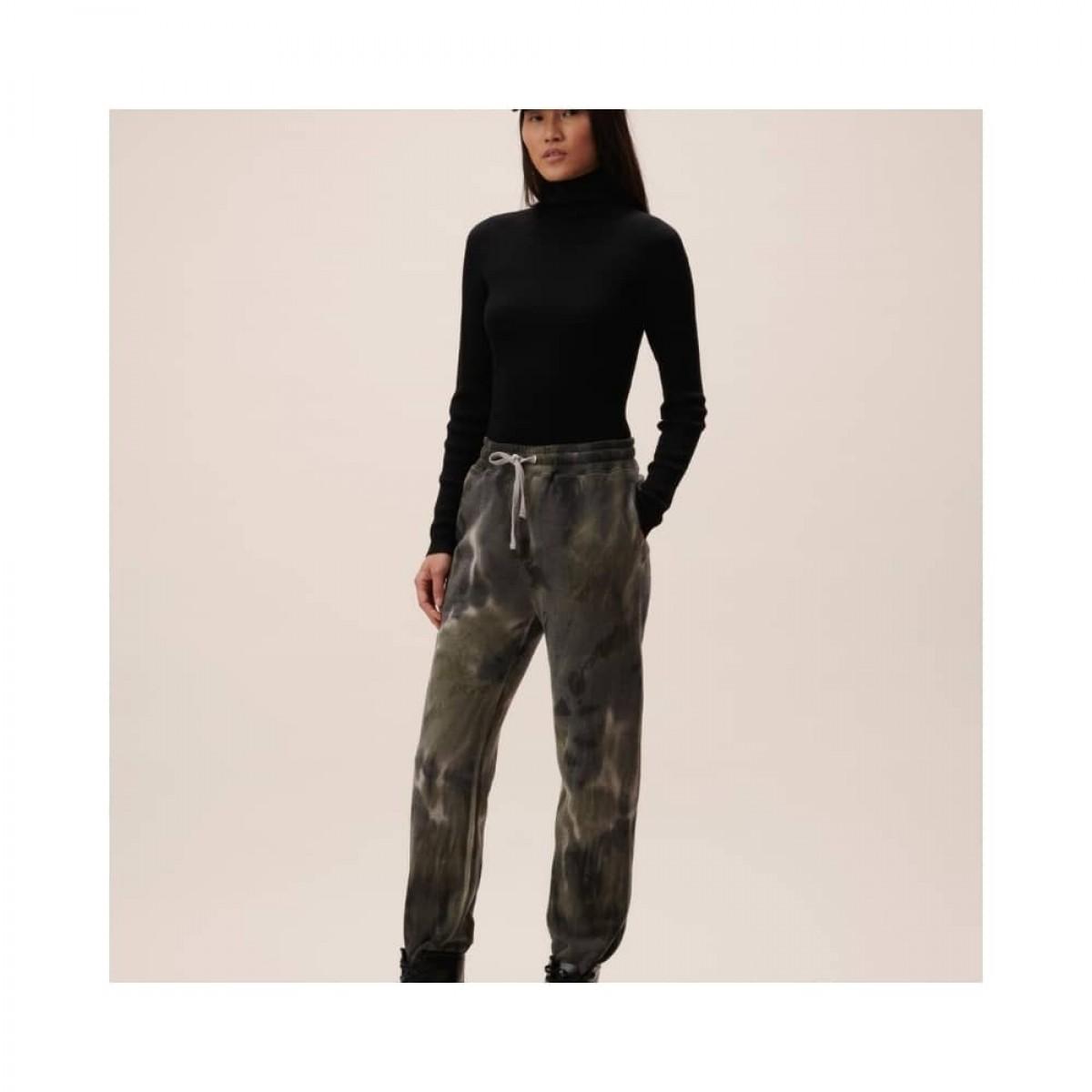 yetka sweat bukser - olive tiedye - model front