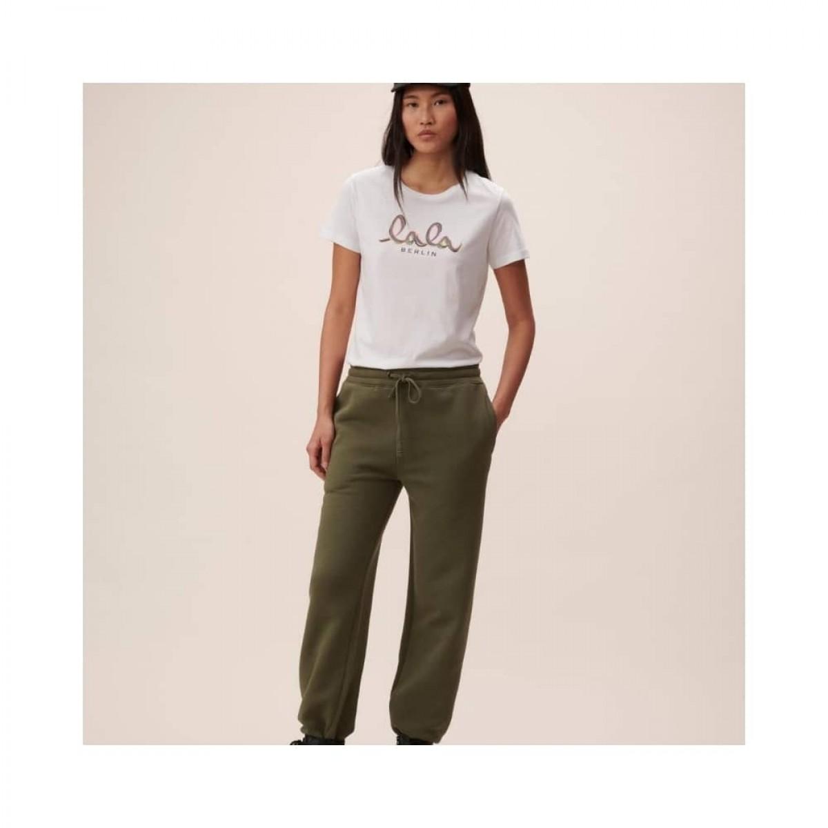 cara t-shirt rainbow - white - model front