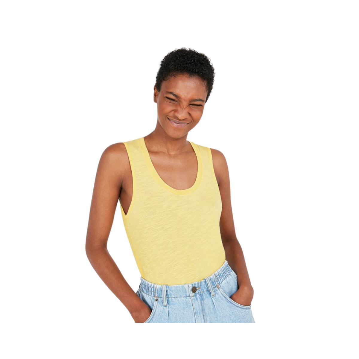 jacksonville strop - genet t-shirt - model billede