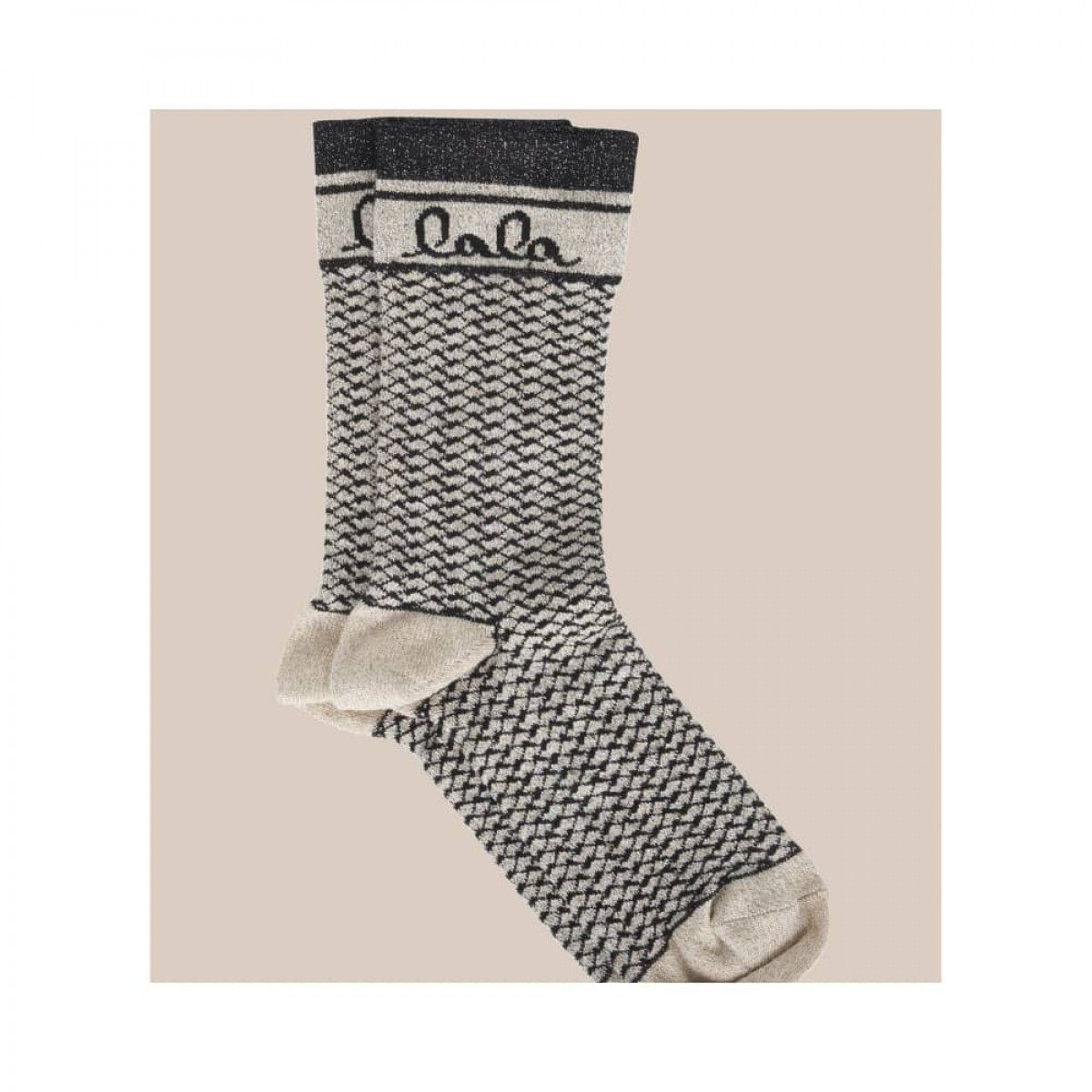 silja socks - camel black kufiya - front