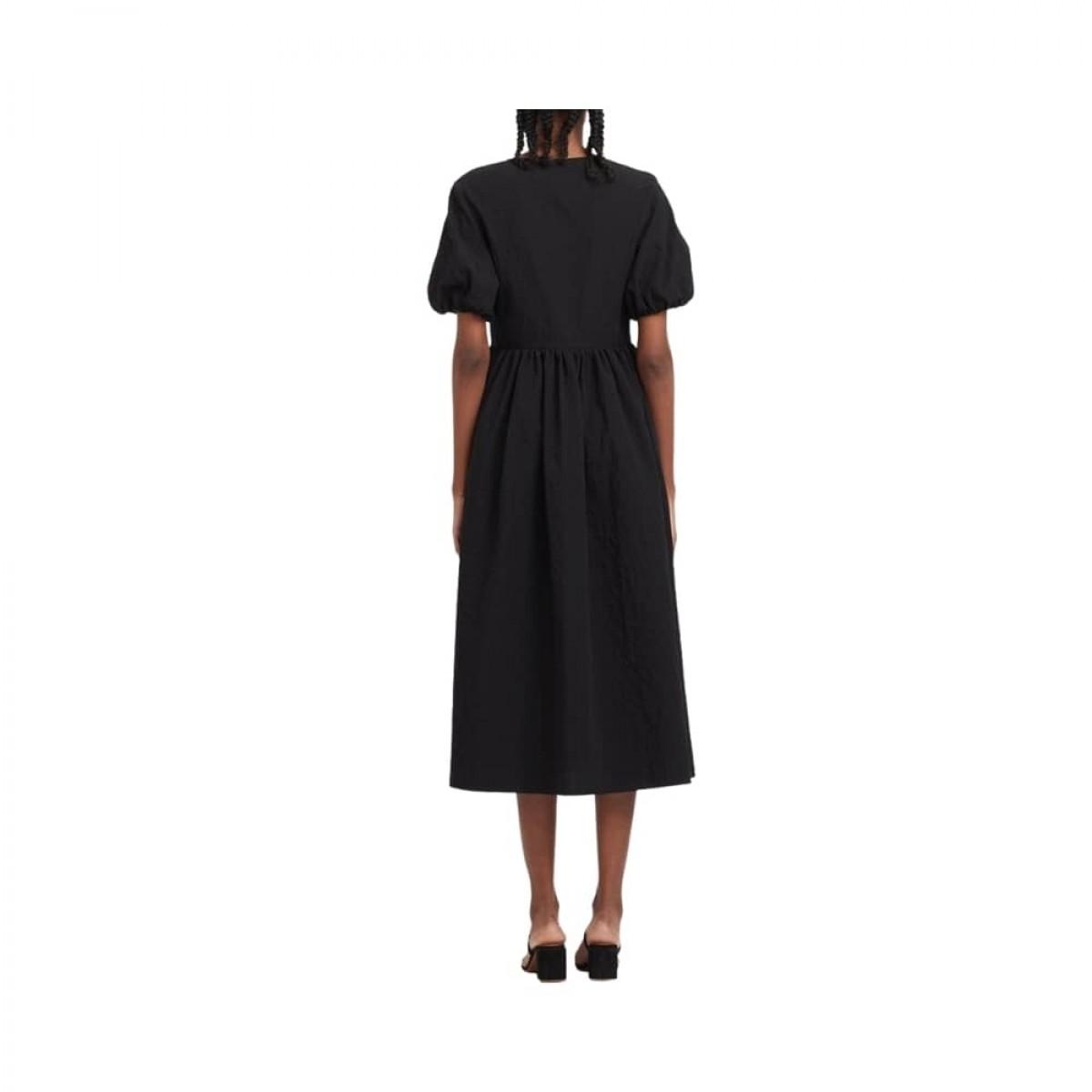 v neck dress with puff sleeves - black - model ryg