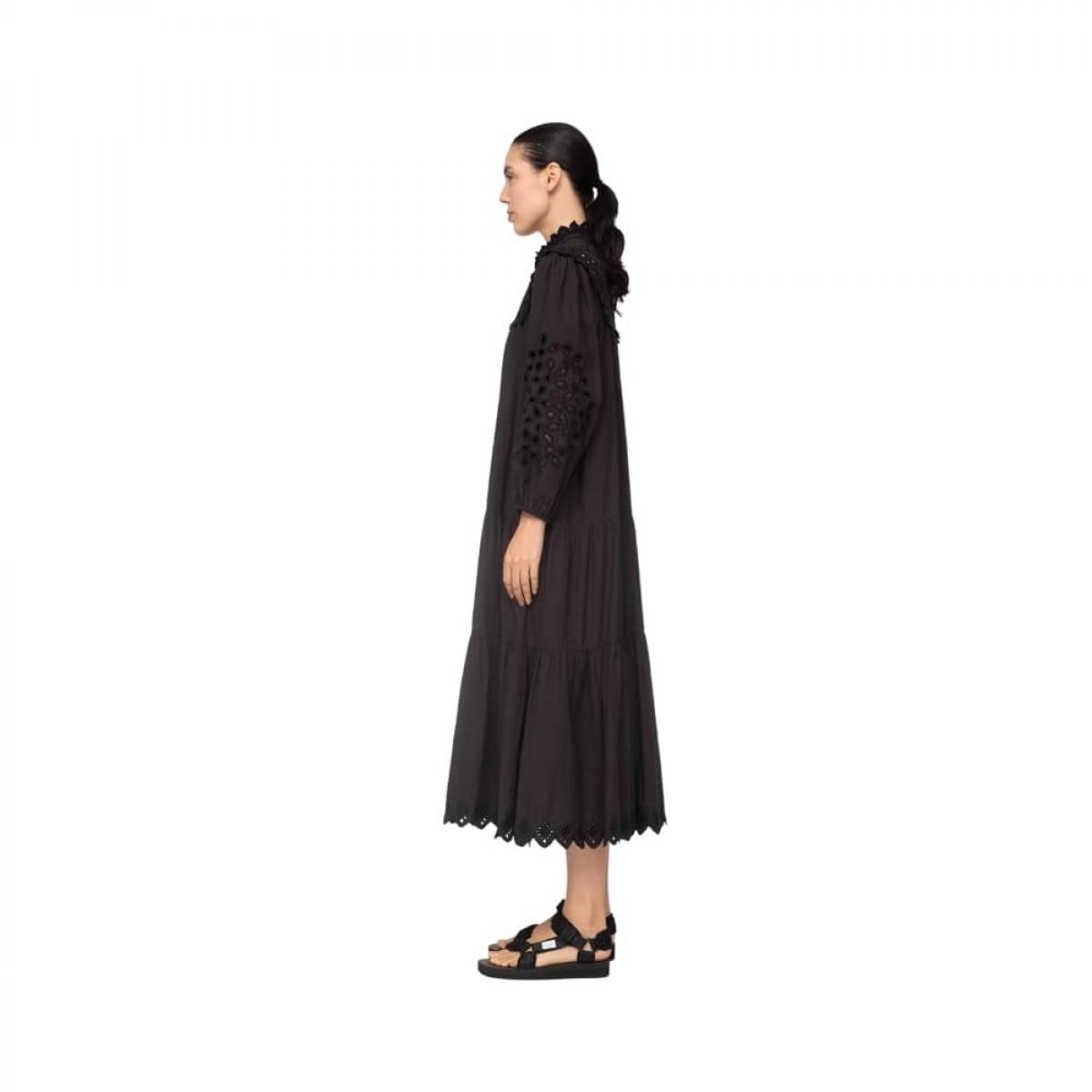hazel eyelet kjole - black - model fra siden