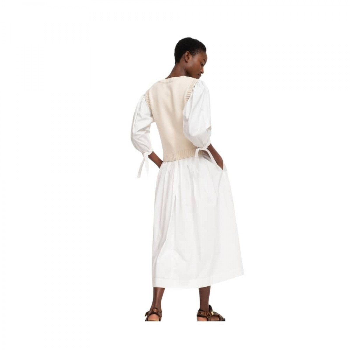 gabriela crochet kjole - multi color - model fra ryggen