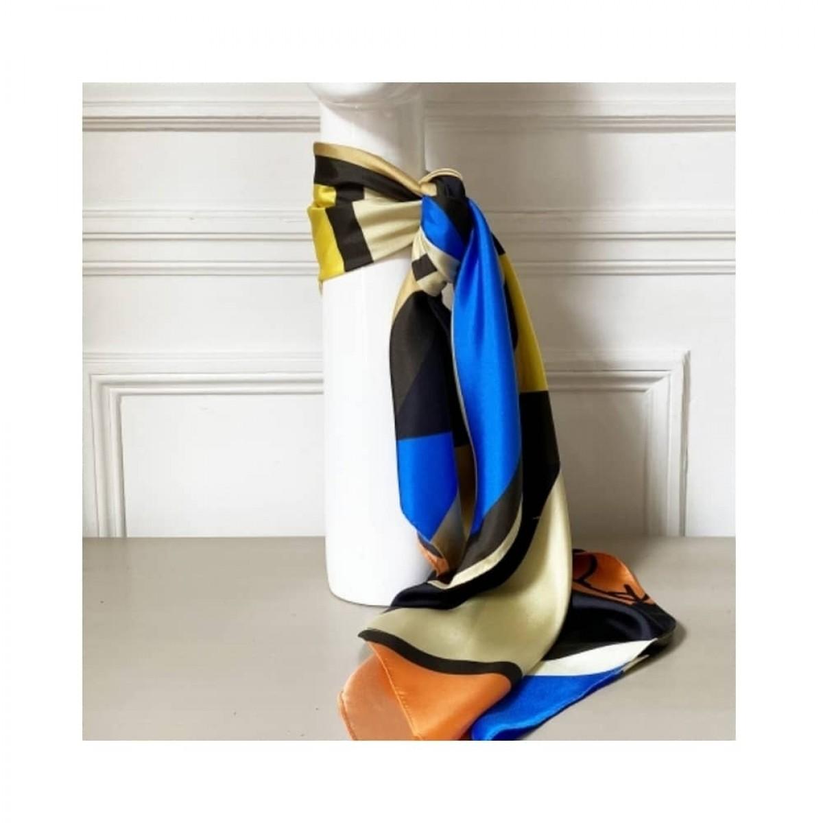 girl power silke tørklæde - 90 - detalje 1