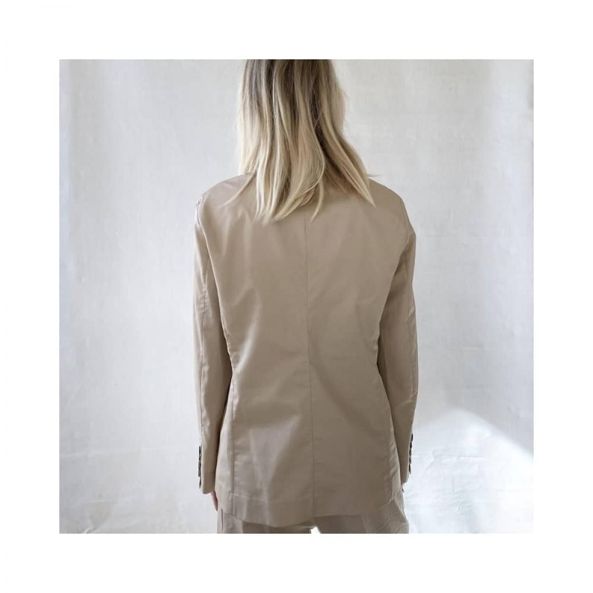 irina jacket - beige - model ryggen
