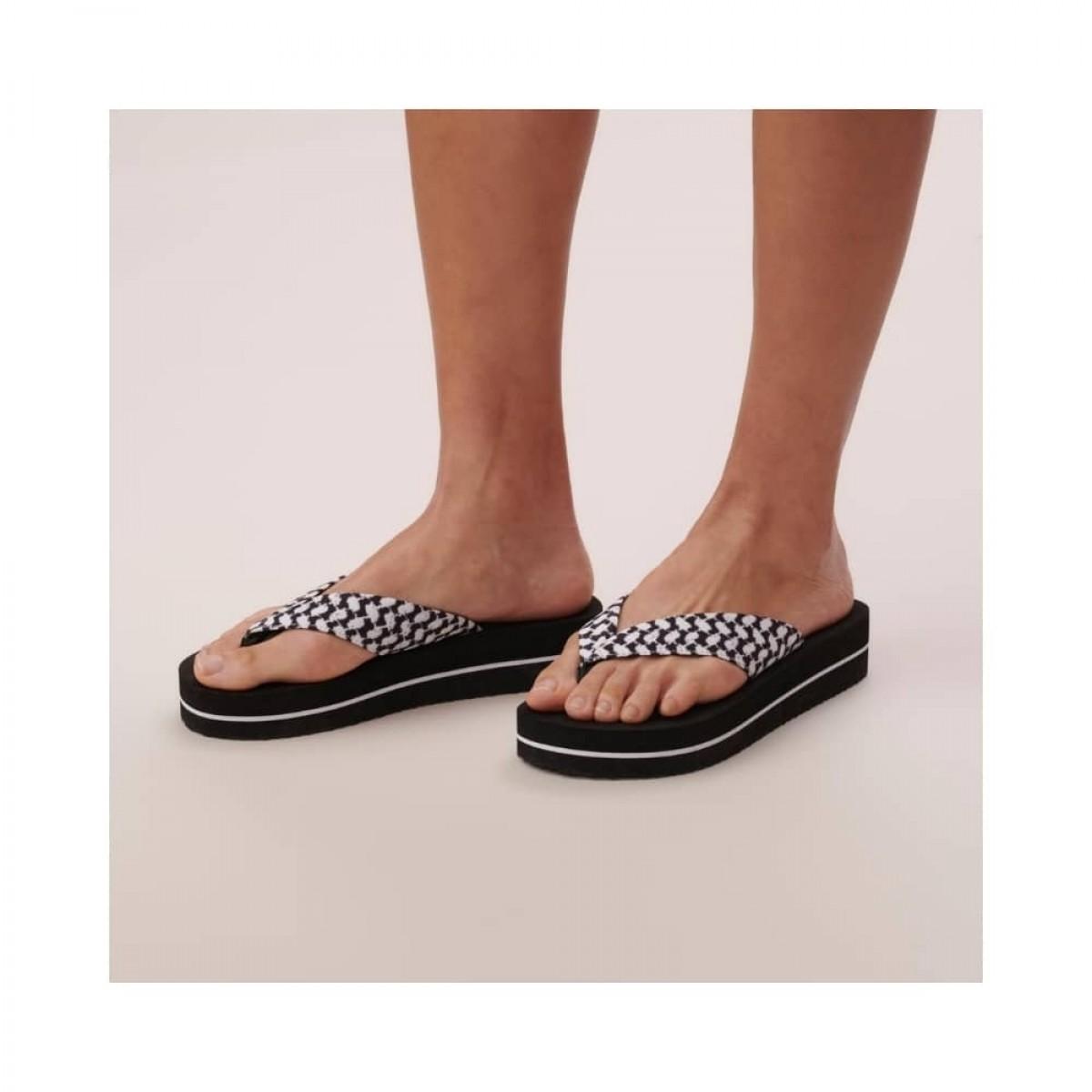 flip flops ally - black - model fra siden