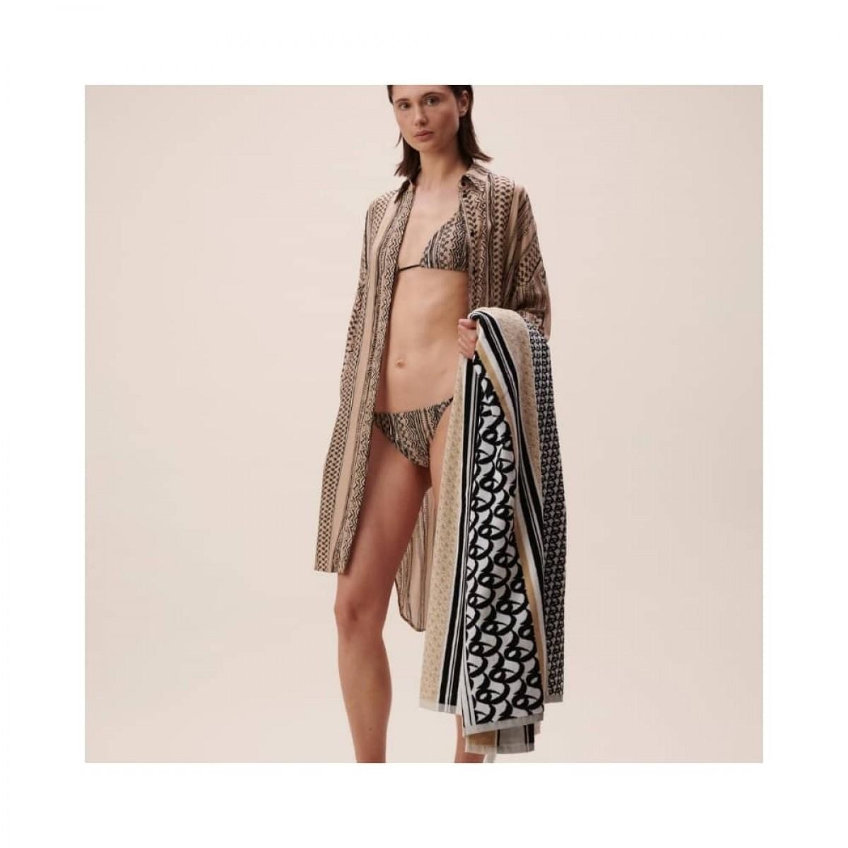 beach towel tissy - beige - model front