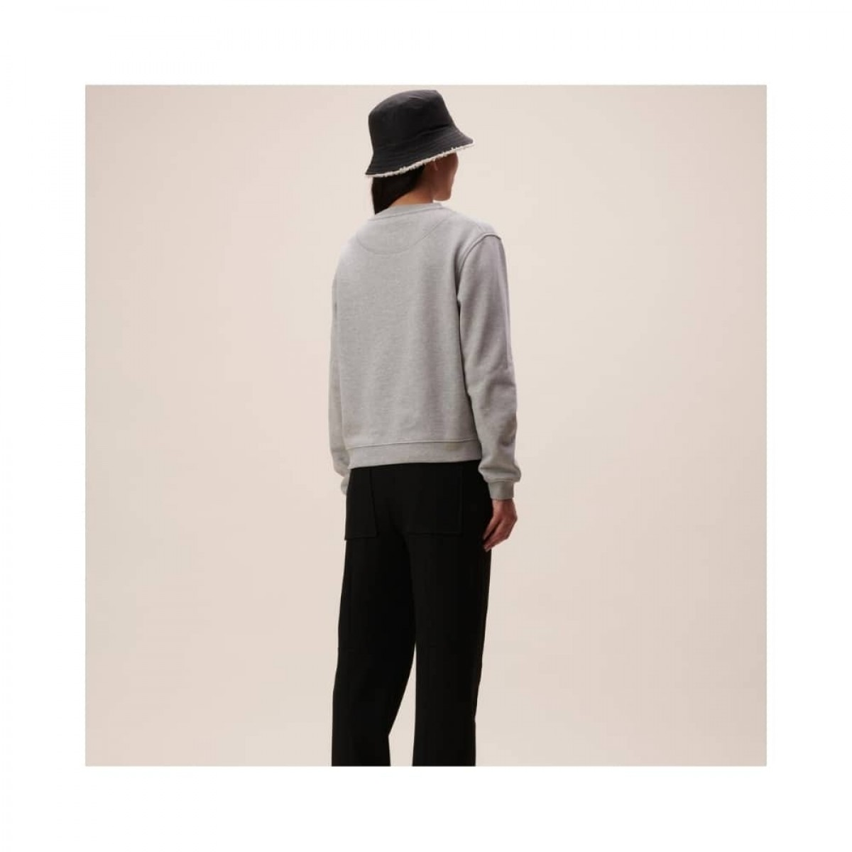 irya leo sweatshirt - grey melange - model ryggen
