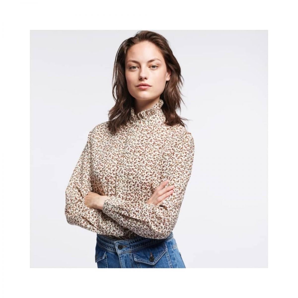 sidney bluse - ecru - model fra siden