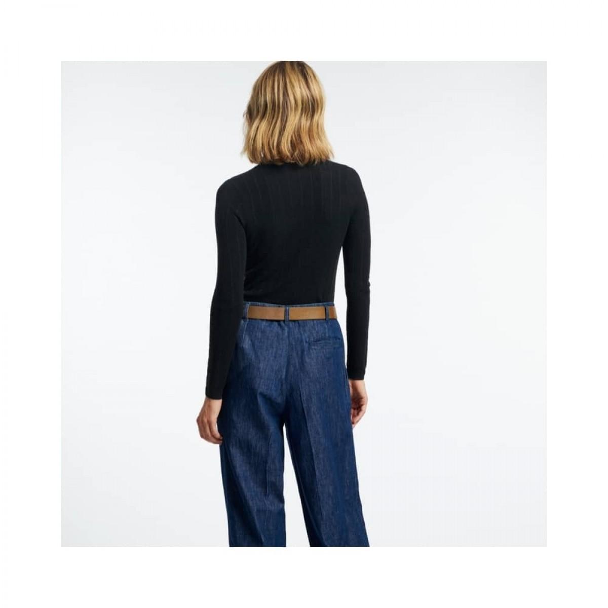 sylvanie rullekrave strik - black - model ryggen