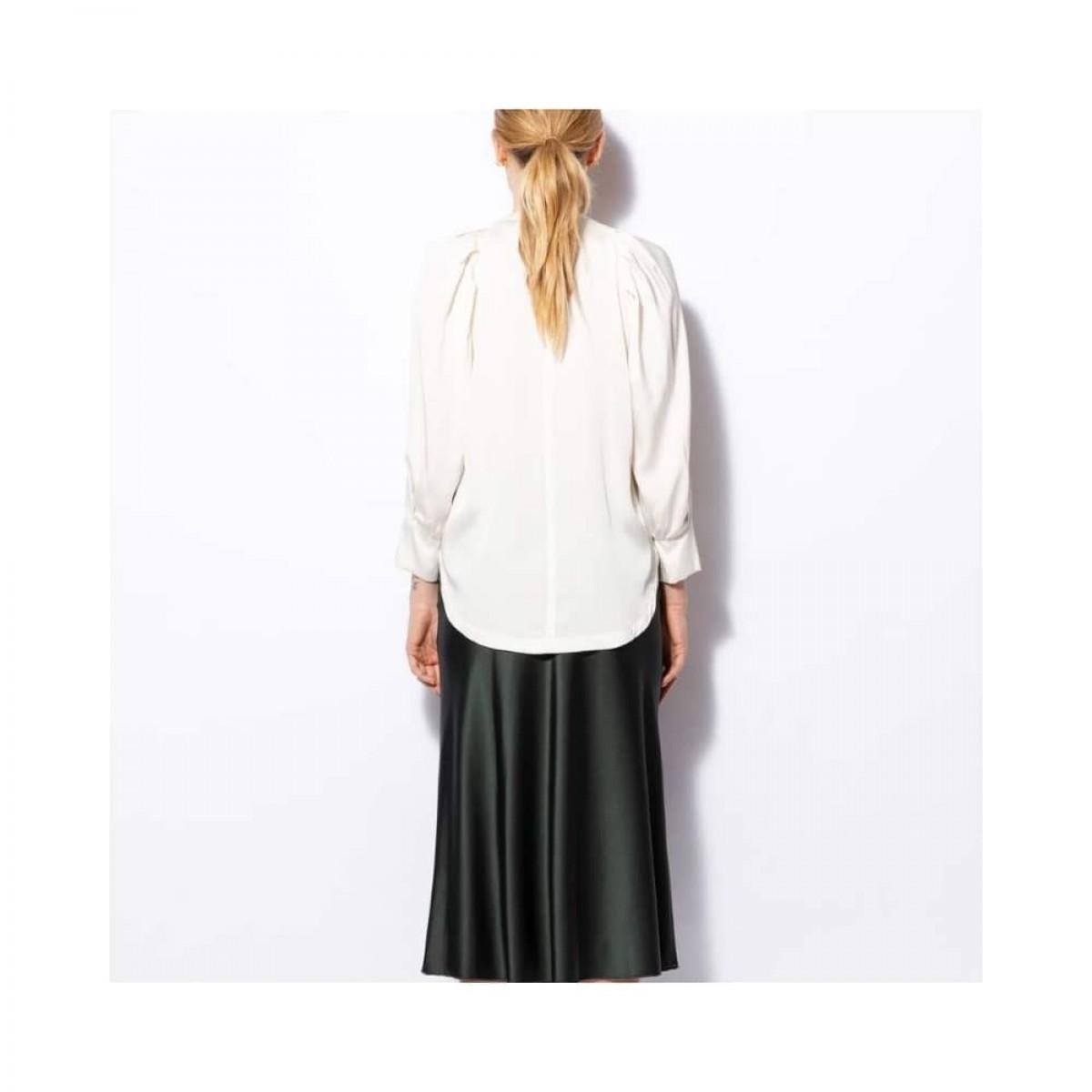 cheyenne bluse - off white - model ryggen
