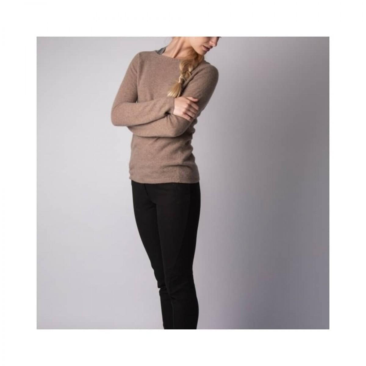 elisabeth strik - camel - model fra siden