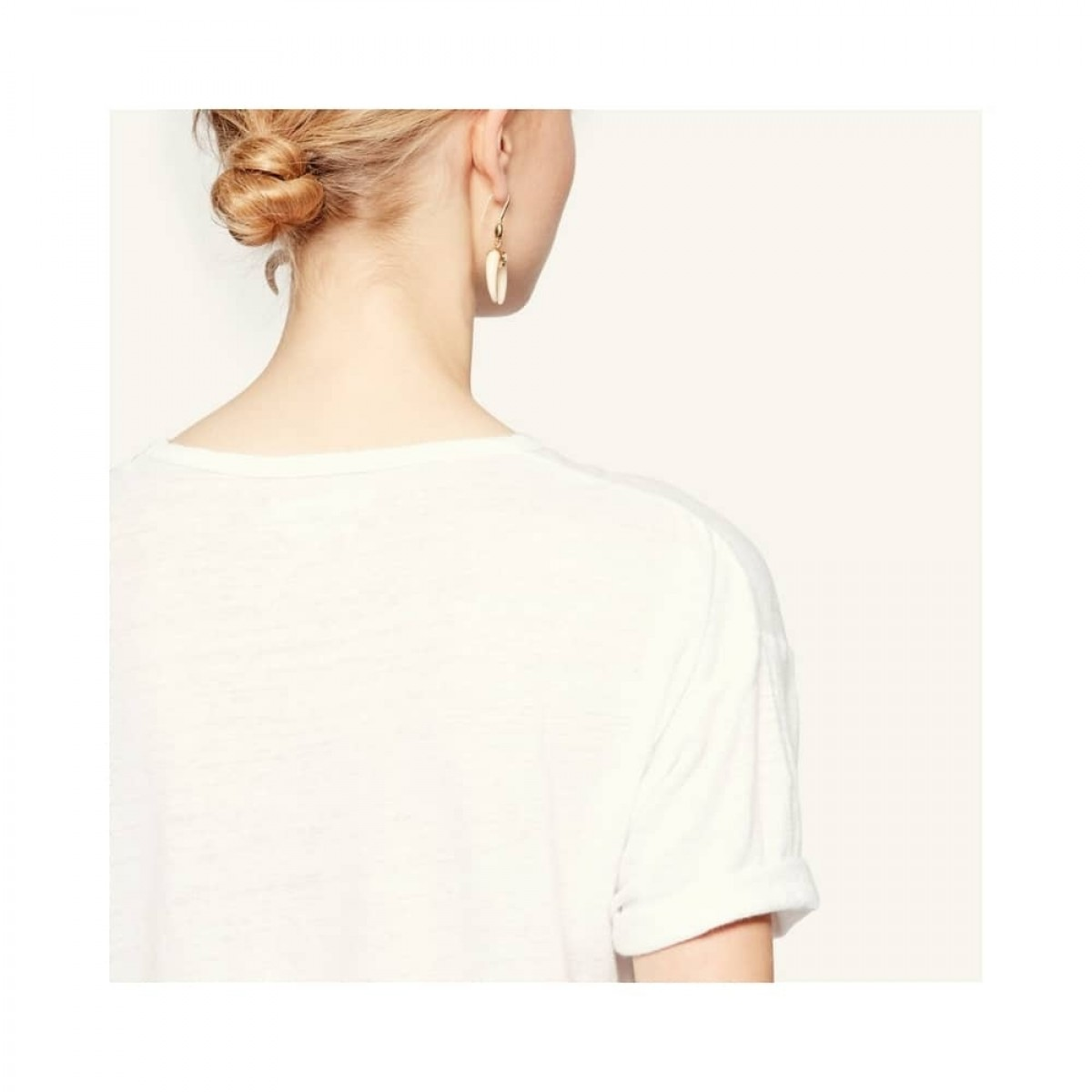 koldi t-shirt - white - model ryg