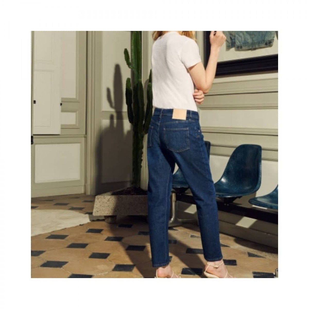 nina boyfriend jeans - denim blue - model logo