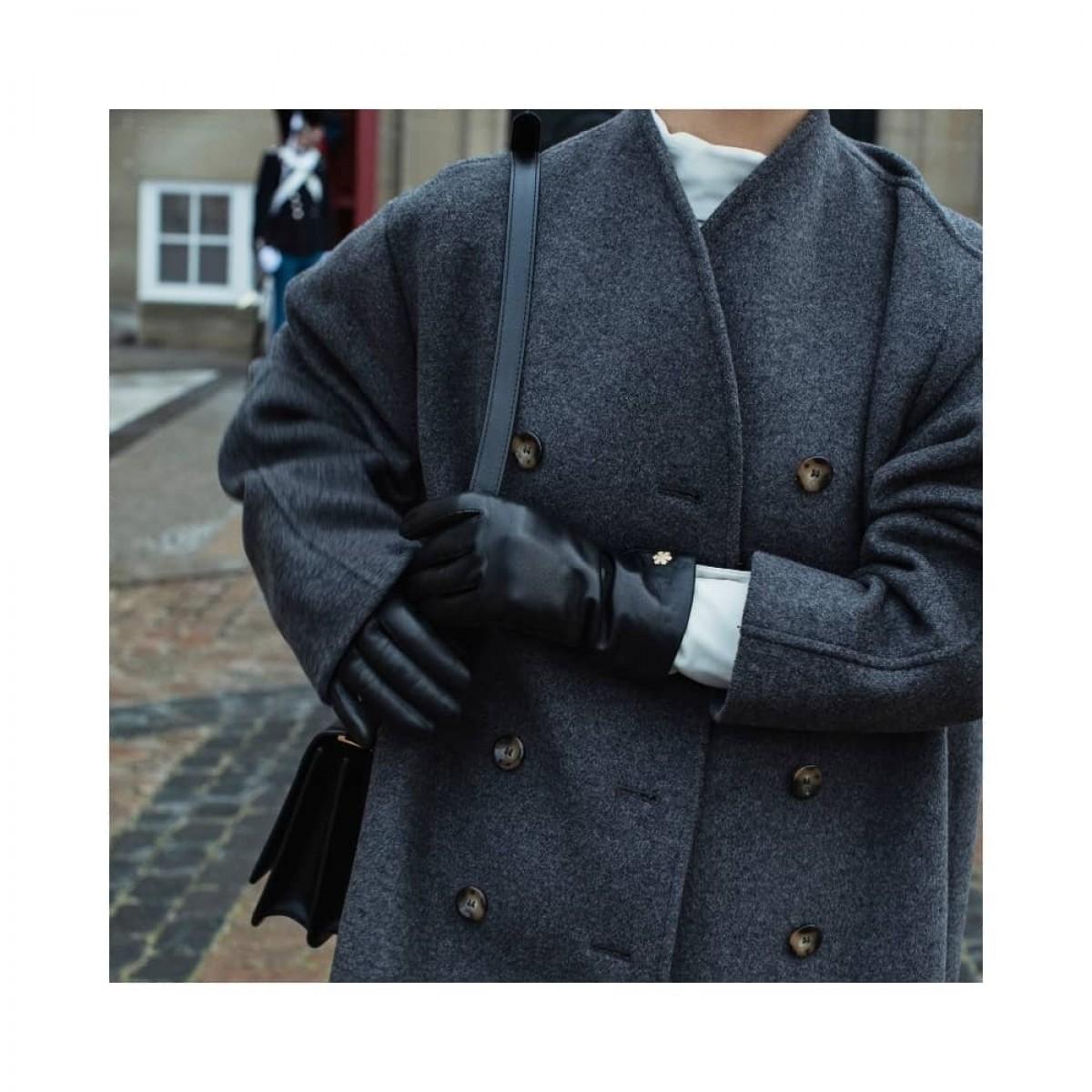 anna handske - black - model front