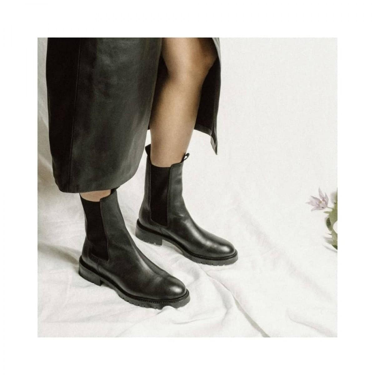 haily soft calf - black - model billede