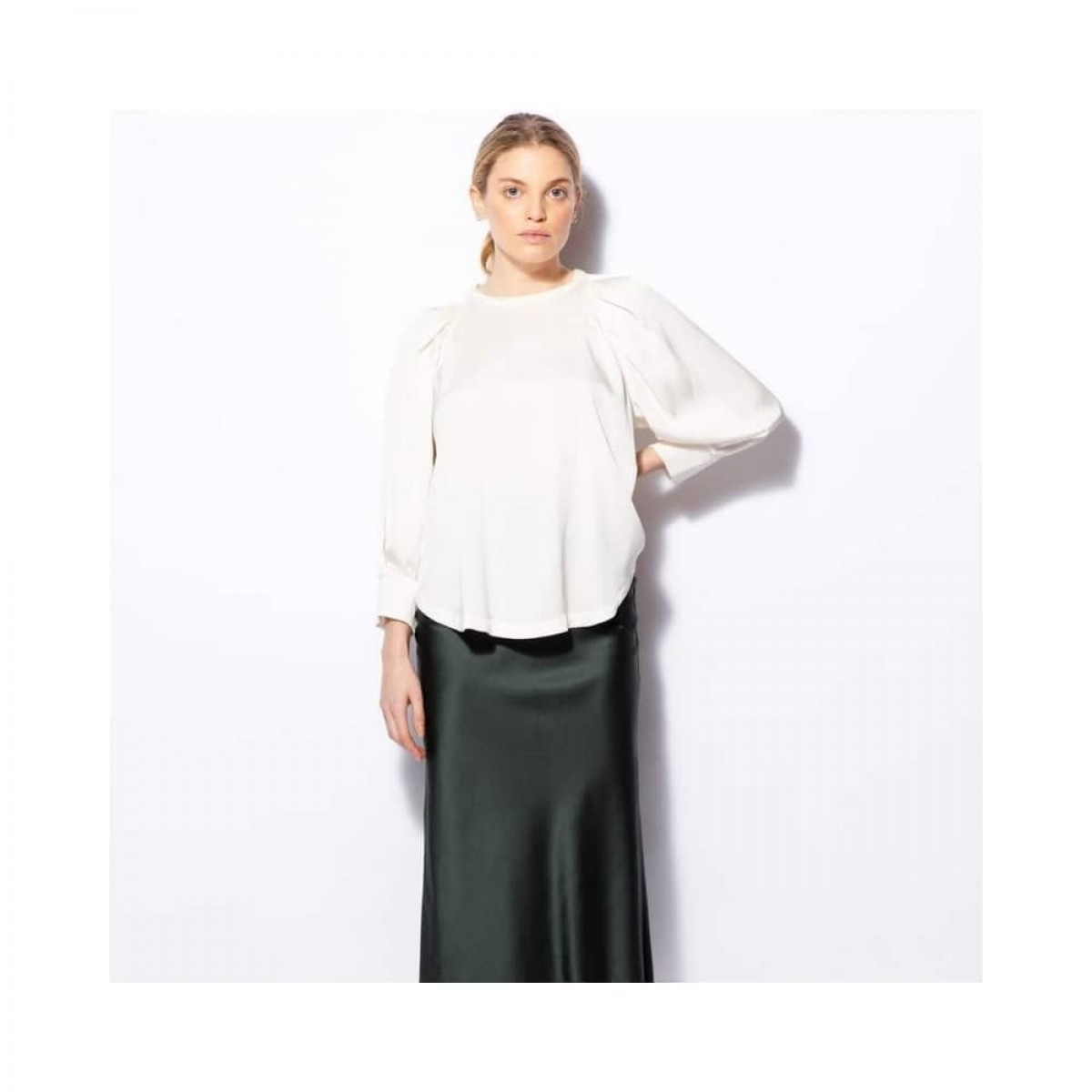 cheyenne bluse - off white - model front