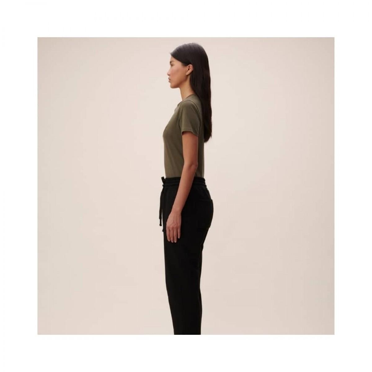 t-shirt reda lala mix - olive night - model fra siden