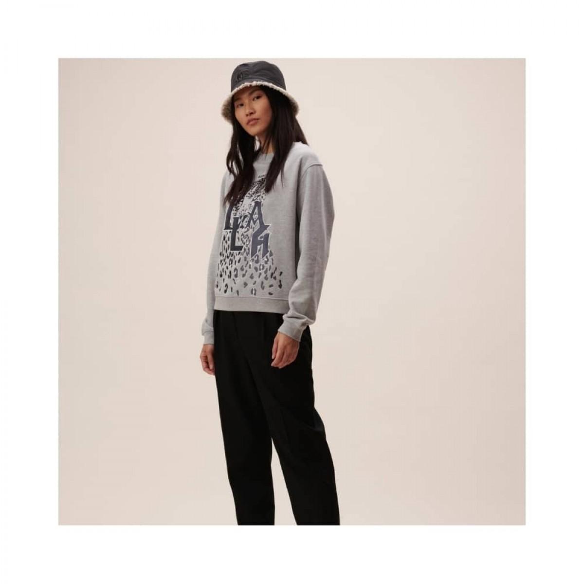 irya leo sweatshirt - grey melange - model front