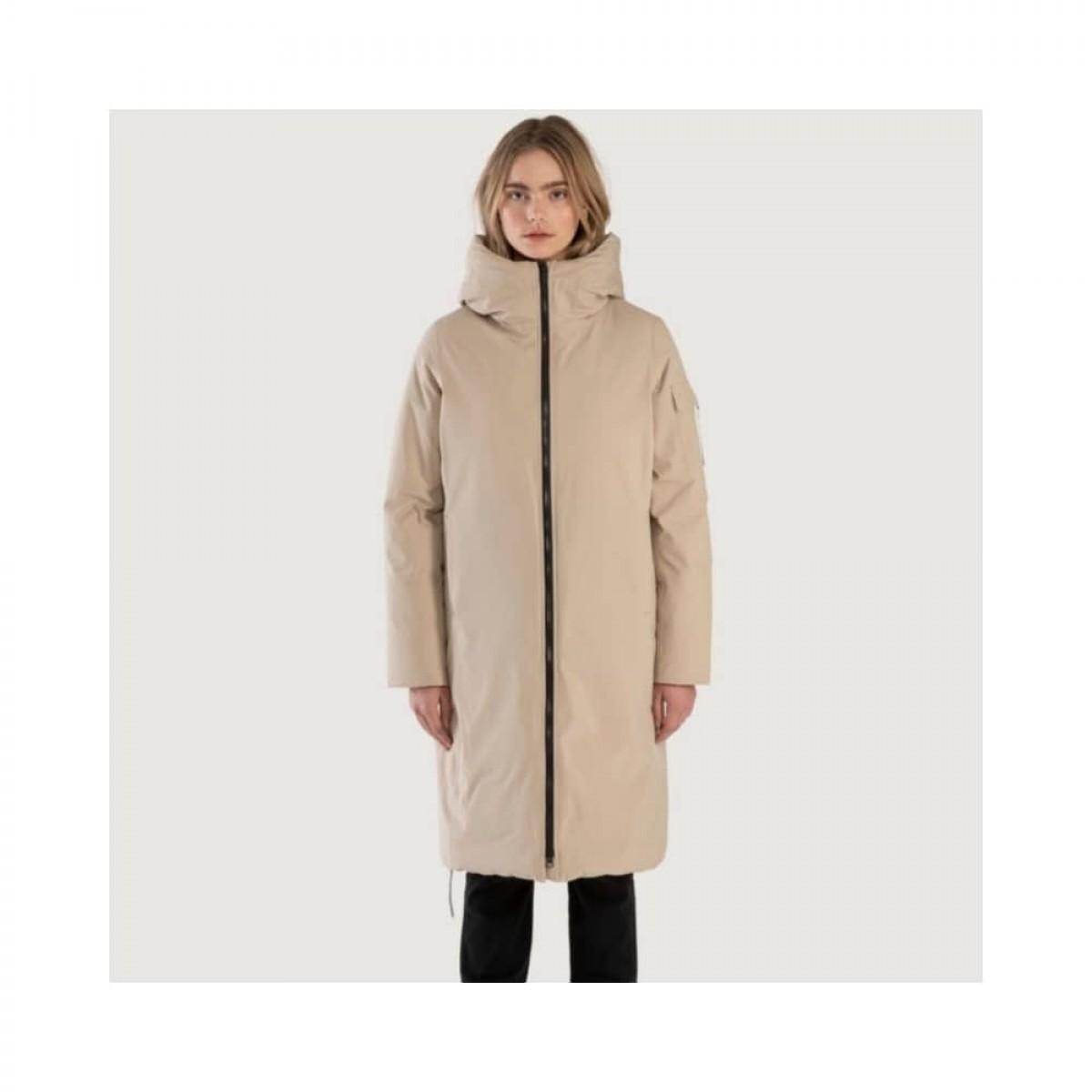 bjorli jacket - beige - model lyn detalje