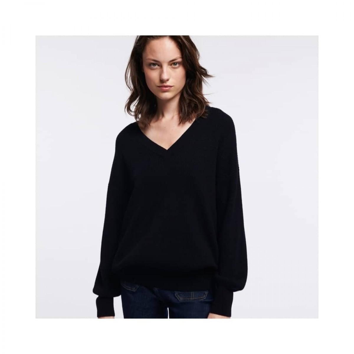 sam v-hals strik - black - model front