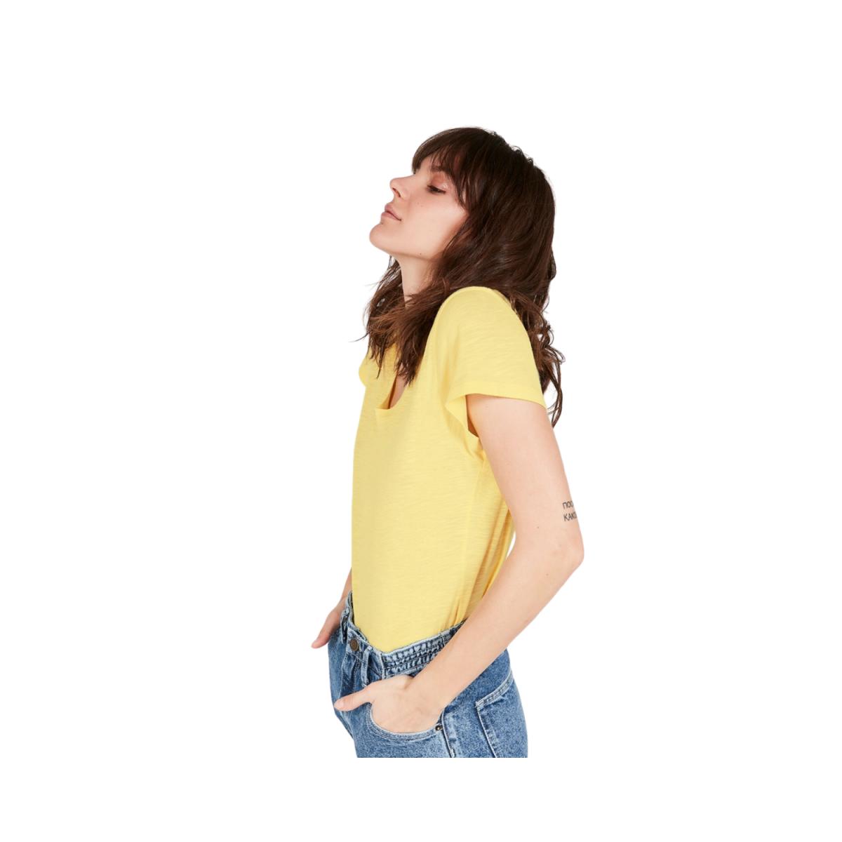 jacksonville t-shirt - genet - model billede